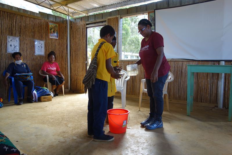 Encouraging Handwashing Although Some Schools Don't Have Access To Water in PNG